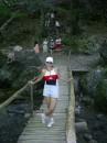 ооочень сложный шатающийся мостик:-)